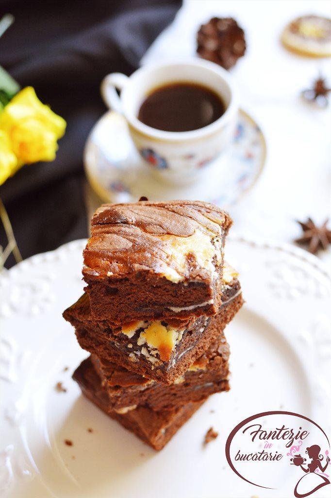 Brownie cu branza